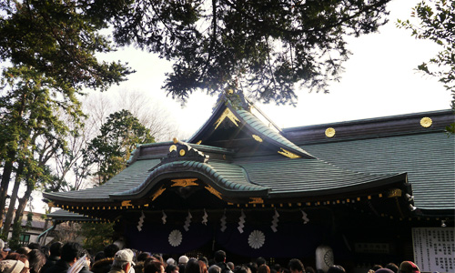 初詣に行くべき神社とは?氏神様との関係