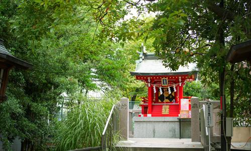 富岡八幡宮はパワースポットとして名高い神社です