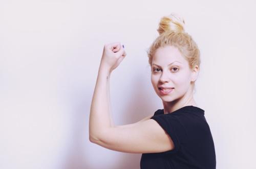 ヨガで冷え性を治したい!体質改善にはヨガとホットヨガどちらを選ぶべき?