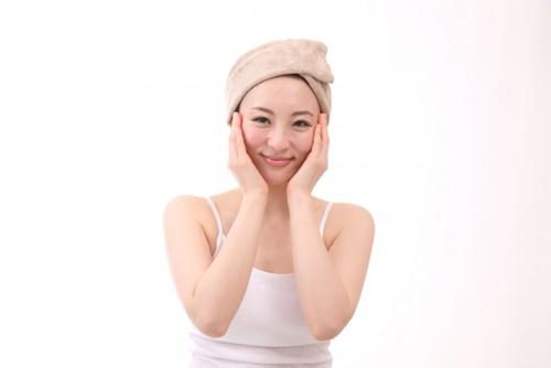 岩盤浴で美肌効果が得られるには理由がある!乾燥肌にも良いって本当?