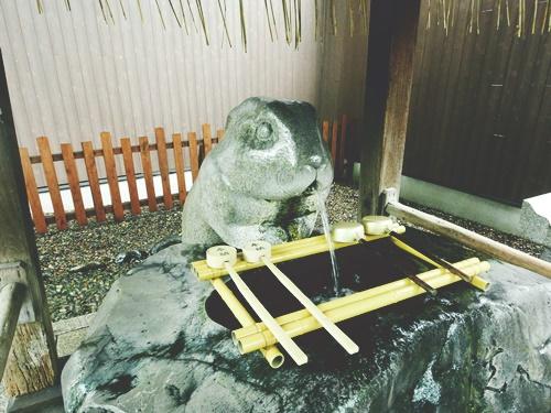 調神社でウサギにツキをいただこう!浦和レッズもご贔屓のご利益とは