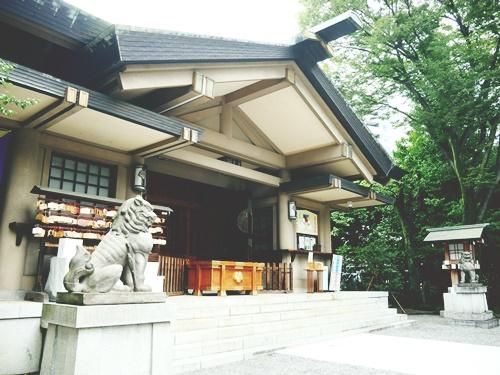 東郷神社は勝利&愛妻のご利益さん!アクセスは都会のど真ん中!?