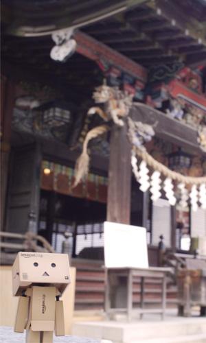 秩父神社は豪華な彫刻とおみくじがいっぱい
