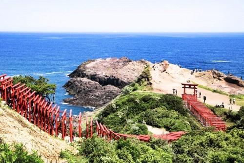 死ぬまでに一度は訪れたい絶景神社!ご利益もすごいおすすめ神社5選
