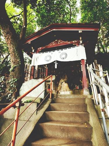 王子稲荷神社はパワースポットの穴場!キツネが集まるご利益とは?