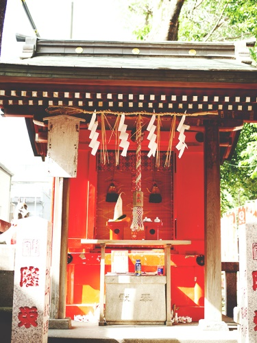 下谷神社は都内最古のお稲荷さん!ご利益をもらう方法と人気の御朱印とは