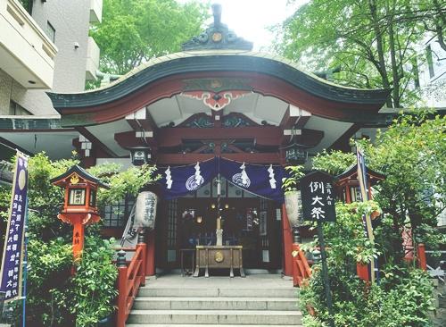 三崎稲荷神社は旅行安全祈願のご利益あり!お守りもおすすめ